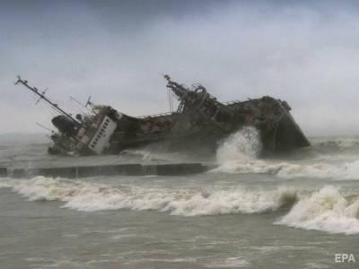 Командиру корабля морской охраны, пропустившему Delfi через украинскую границу, сообщили подозрение