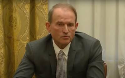 Le Monde: Кремль раздражен из-за ареста Виктора Медведчука, который является близким другом президента РФ