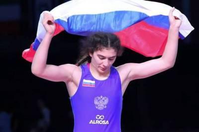 Россиянка Велиева пробилась в 1/2 финала чемпионата мира по борьбе