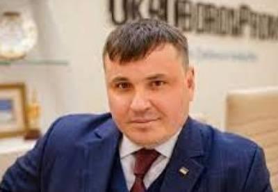 """Глава """"Укроборонпрома"""" повысил себе зарплату до 474 тыс. грн"""