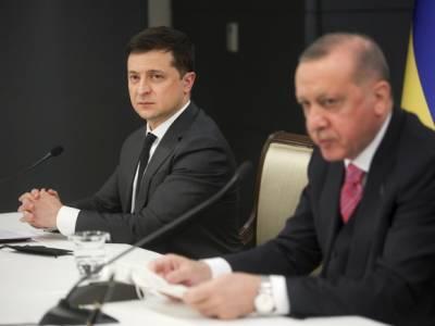 Глава МИД Турции заявил, что Анкара поддерживает целостность и суверенитет Украины