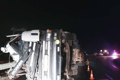 В Бурятии непристегнутый водитель выпал из машины и умер