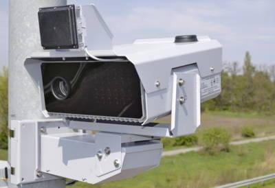 Відсьогодні в Україні побільшало камер автофіксації порушень ПДР: де вони встановлені