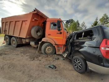 Смертельное ДТП с КАМАЗом произошло в Вологодской области