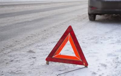 В Мулловке столкнулись ВАЗ и «Ока», есть пострадавший