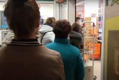 """На харьковчан массово жалуются из-за несоблюдения языкового закона: """"за месяц поступило почти..."""""""