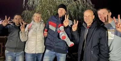 Идет облава на сморгонских активистов. Накануне в суде кто-то выкрикнул «Жыве Беларусь!»