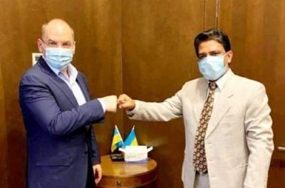 Как отгружают вакцину для Украины: Степанов записал ВИДЕОролик