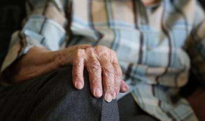В Латвии будут выходить на пенсию после 65 лет?