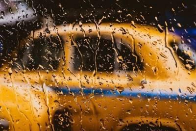 Московский таксист распылил в лицо пассажирам газ из баллончика