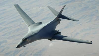 """ВВС США перебросили бомбардировщики в Норвегию для """"учебной миссии в Европе"""""""