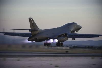 США перебросили на авиабазу в Норвегии четыре бомбардировщика B-1B Lancer