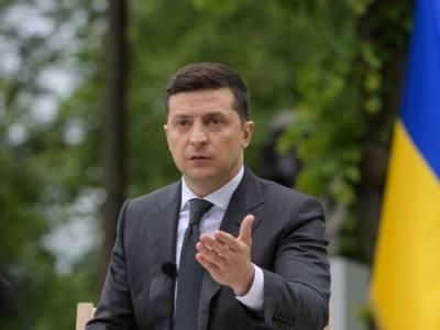 Адвокат Стерненко предложил Зеленскому заявить, что приговор для активиста – незаконный