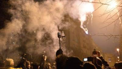 В стычке с националистами у офиса Зеленского пострадали 27 силовиков