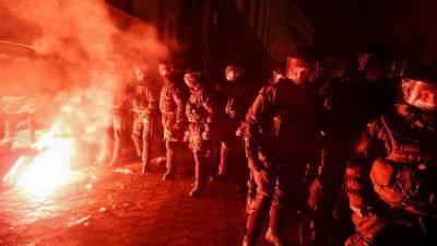 Украинские националисты устроили беспорядки у администрации Зеленского