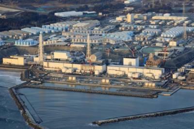 После землетрясения в Японии на АЭС «Фукусима-1» сместились цистерны