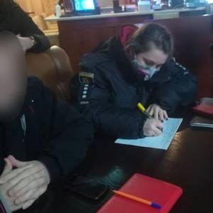 В Запорожье владельцу ресторана выписали штраф за работу после 23:00. Видео