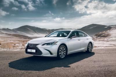 Lexus ES меньше всего теряет в цене среди 5-летних автомобилей сегмента E