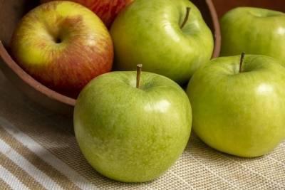 Ученые открыли неожиданный эффект от поедания яблок