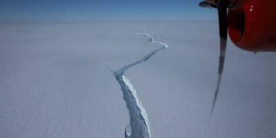 Возле британской станции Халли в Антарктиде откололся огромный айсберг - фото, видео - ТЕЛЕГРАФ