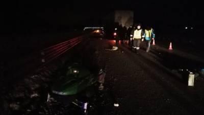 На ЕКАДе снегоход со снегокатом столкнулись с грузовиком, два человека погибло (ФОТО)