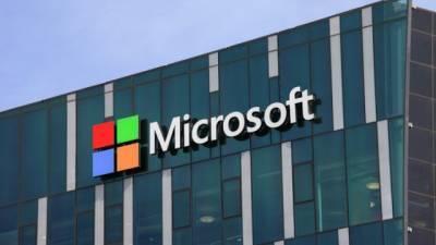 Microsoft заморозила финансирование политиков
