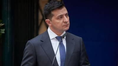 Зеленский ввел новые санкции против бывших руководителей силовых структур Украины