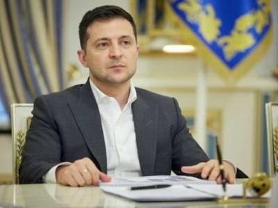 Зеленский ввел в действие решение СНБО о санкциях против 10 бывших силовиков-перебежчиков