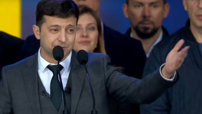 Журналист Лесев оценил возможность союза между Зеленским и Порошенко