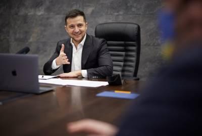 Владимир Зеленский подписал указ об онлайн-посольствах