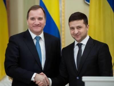Зеленский пригласил премьер-министра Швеции в Украину