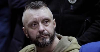 Дело Шеремета: Порошенко хочет взять Антоненко на поруки