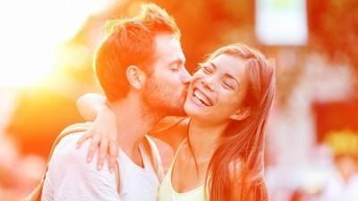 Как чувствуют себя мужчины в отношениях с женщинами разных знаков зодиака