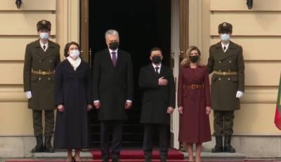 Зеленский в Киеве встретил президента Литвы