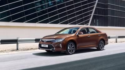 Эксперты назвали пять седанов-конкурентов Toyota Camry