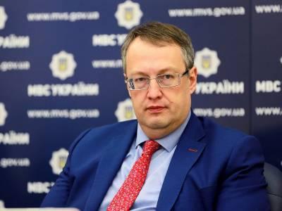 В МВД считают, что к провокациям возле Офиса президента Украины причастен Порошенко