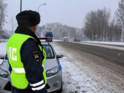 Под Череповцом в ДТП погибли двое взрослых и ребенок, девять человек пострадали
