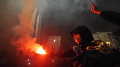 Украинский политолог предсказал Зеленскому «жаркую весну» с массовыми протестами