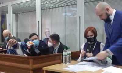 Суд оставил Андрея Антоненко под стражей