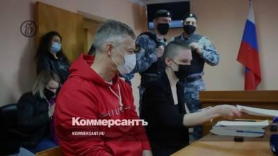 Суд оштрафовал Ройзмана на 40 тыс. рублей за участие в акциях в поддержку Навального
