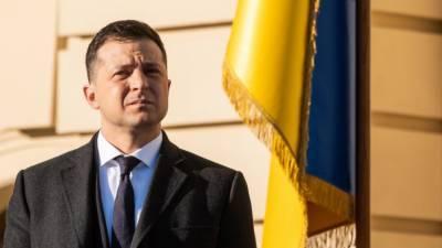 Украинский аналитик заявил, что Зеленский живет в мире символической политики