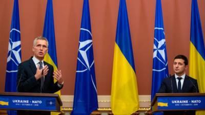 Американский политик посоветовал Киеву разместить на Украине войска НАТО
