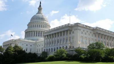 Политолог рассказал о сложном выборе Вашингтона между вакциной от COVID-19 и новыми ракетами
