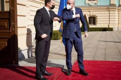 Зеленский и глава Евросовета собрались на переговоры в Мариинском дворце
