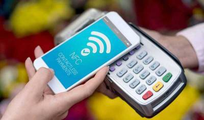 Бесконтактные платежи через смартфоны в России стали популярнее втрое