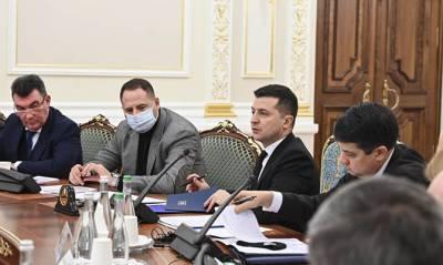 Пока Украина лишь пытается убедить США, что борется с коррупцией и олигархами, – The Washington Post