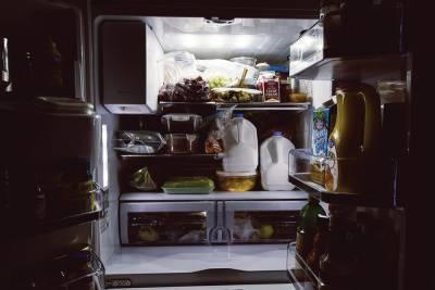 Врач перечислил продукты, которые можно есть на ночь