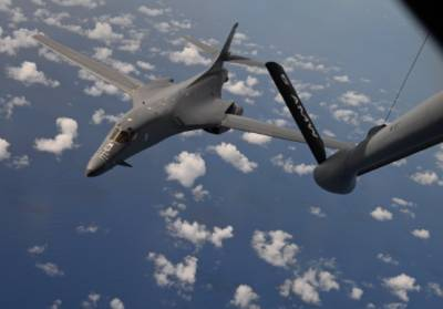 ВВС США изменили планы полетов своих бомбардировщиков у границ России
