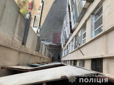 В Одессе юноша спрыгнул с 15-го этажа (фото)