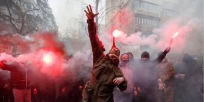 Сторонники Стерненко анонсировали на 8 марта акцию протеста возле госдачи Зеленского